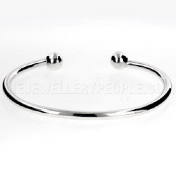 Plain Silver Torque Bangle - Medium-Large 3mm Solid