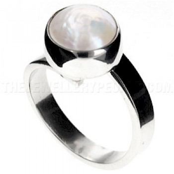 White Pearl & Silver Ring