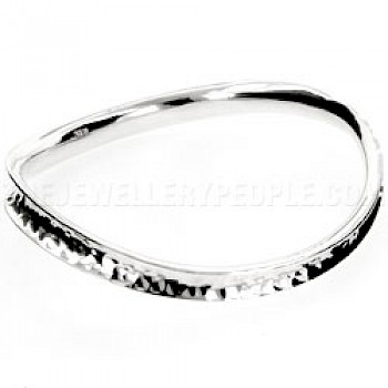 7.5mm Hammered Wavy Silver Bangle
