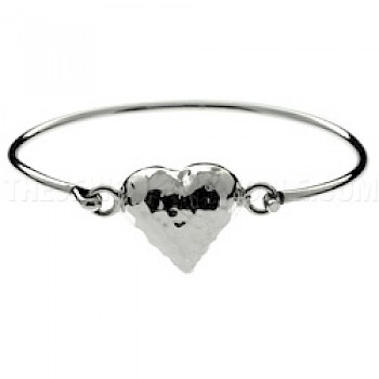 Bell Hammered Heart Catch Silver Bangle