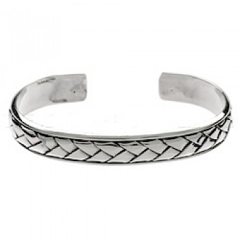 Central Basket Weave Silver Bangle - 10mm Wide