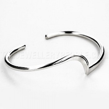 Central Wave Silver Bangle - 20mm Wide