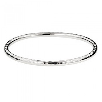 Hammered Oval Bangle - 4mm